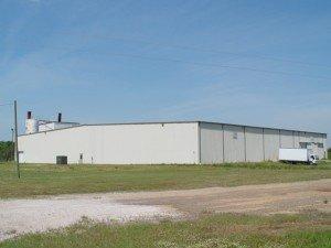 ea_industrial_parkway_building_12778372081